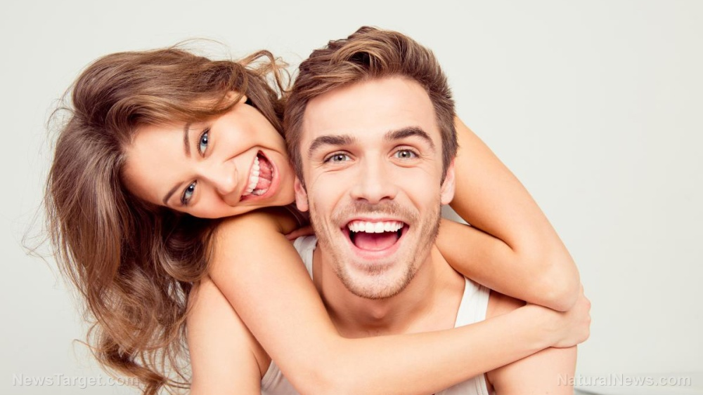 Couple-Beauty-White-Happy-Girl-Man-Family